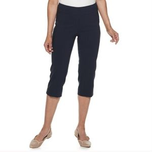 Dana Buchman Pull On Super Stretch Capris